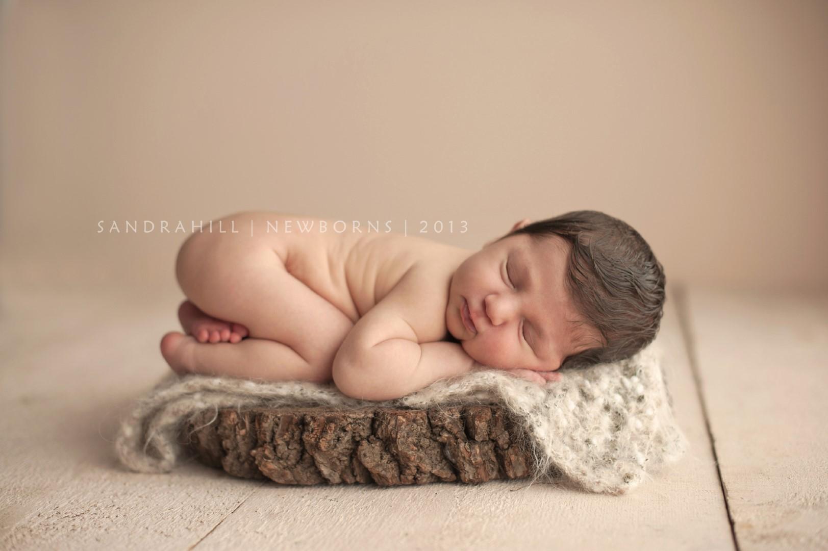 Newborn Photographer | Hamilton Ontario